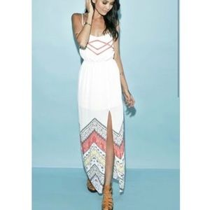 Kendall and Kylie white maxi dress size Medium
